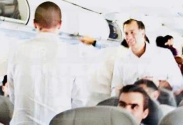 Anaya y Meade viajan en el mismo vuelo tras Convención Bancaria en Acapulco