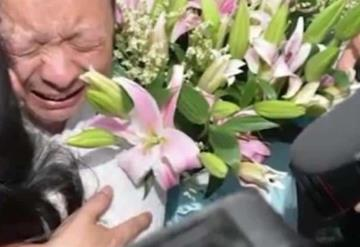 Se hace taxista para buscar a su hija desaparecida y la halla 24 años después