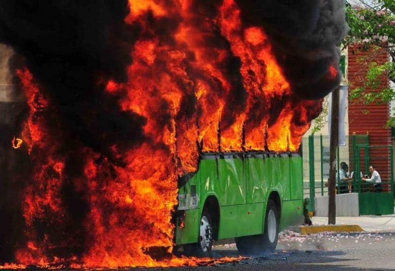 Se incendia transbus en Villahermosa