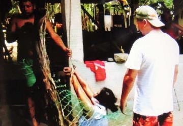Tres hijos y su esposo golpearon a una mujer en Cunduacán