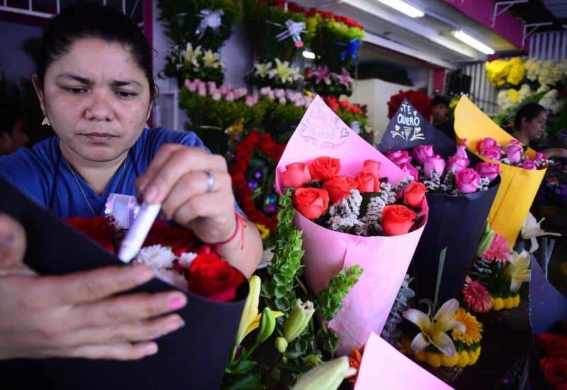 Cae la venta de flores este diez de mayo en Tabasco