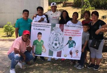 Recibe Gallardo a su familia en partido de despedida