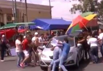 Video: Conductor atropella a manifestantes que exigían abastecimiento de agua