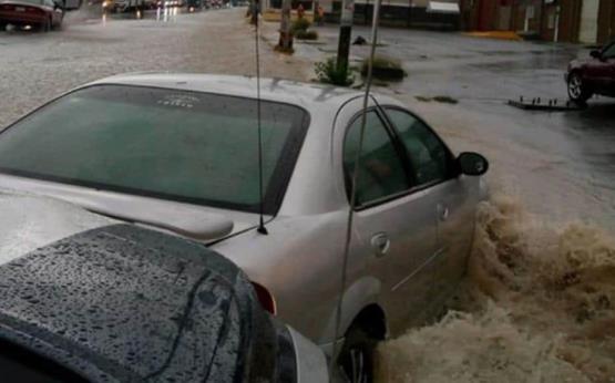 Impactantes imágenes de las inundaciones que paralizan Saltillo