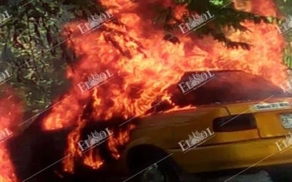 Roban e incendian taxi en Villahermosa