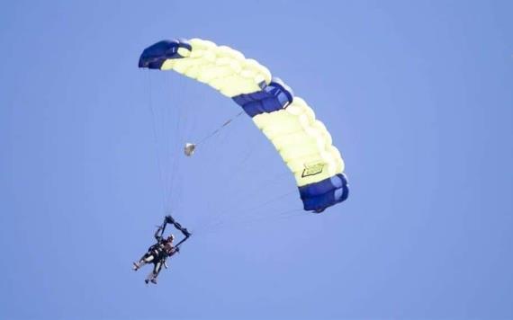 Video: Turista muere tras caer del paracaídas en Playa del Carmen