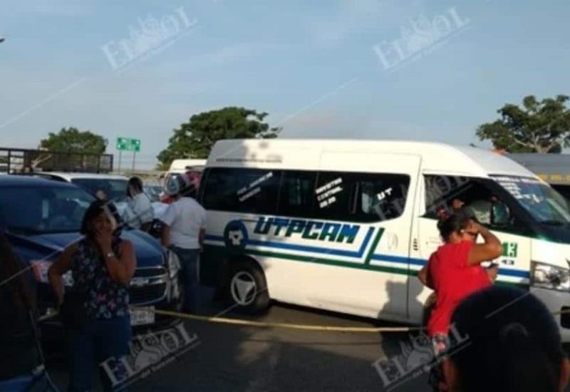 Padres de familia bloquean carretera Villahermosa-Frontera a la altura del Puente la Pigua