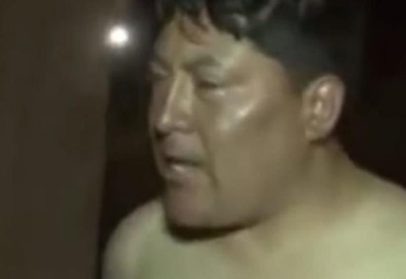 Diputado ebrio se desnuda y agrede a policías en aeropuerto