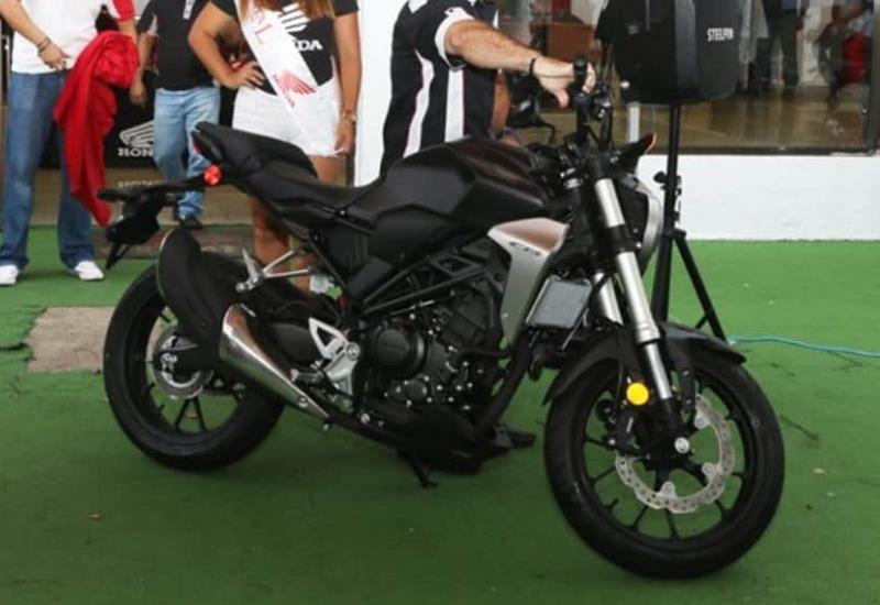 ¿Amas las motos?, conoce la nueva Honda CB300R, lo mejor del mercado