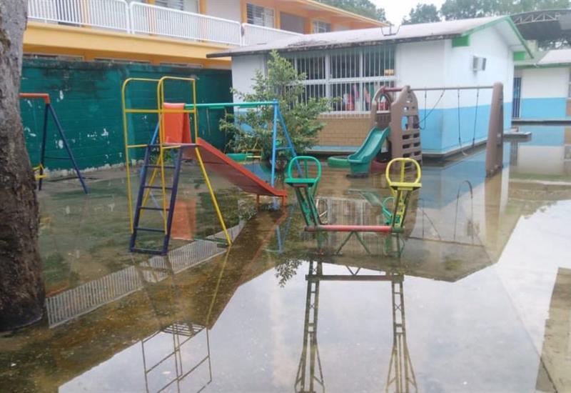 Jardín de niños inundado de Dos Montes no tendrá clases mañana