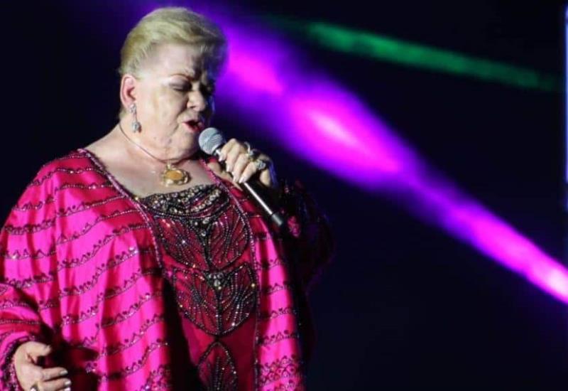 ´Paquita la del Barrio´ canta con rencor en la Feria Tabasco