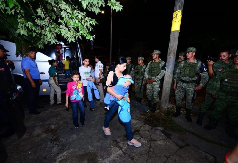 Así se llevó a cabo la repatriación de más de 100 centroamericanos durante la madrugada de hoy
