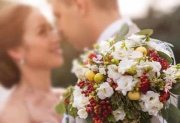 Alumno se casa con su maestra y se vuelven virales