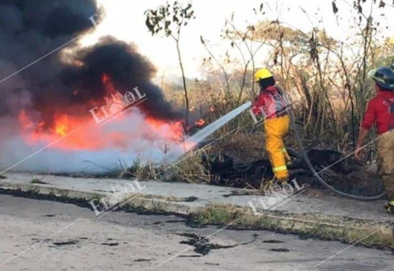 Logran sofocar incendio de Plaza de Toros