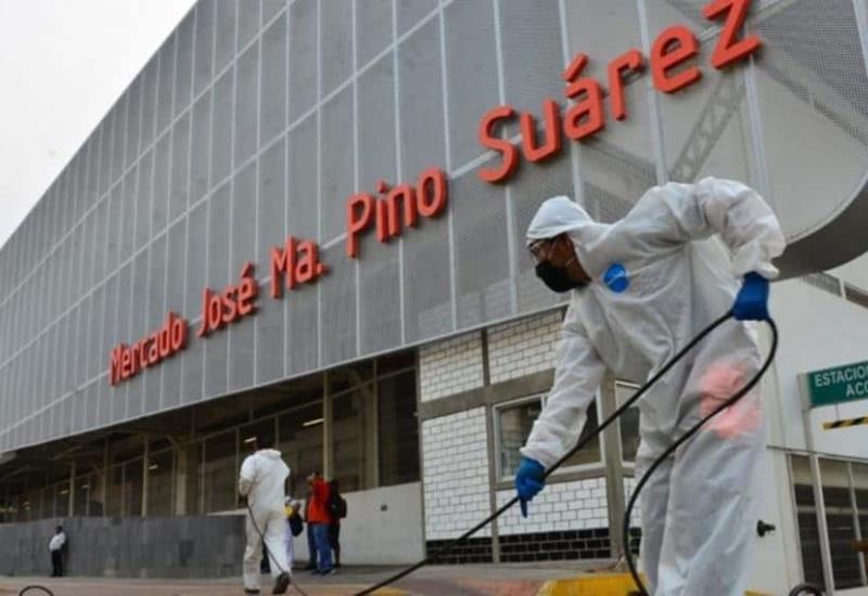 Realizan limpieza exhaustiva al Mercado Pino Suárez