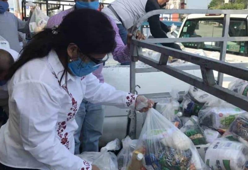 Ayuntamiento de Jalapa distribuye apoyos alimentarios a población vulnerable