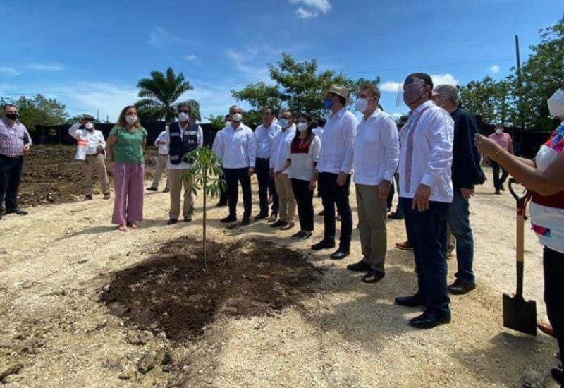 Dona Fonatur terreno a Instituto Politécnico Nacional en Palenque para unidad educativa