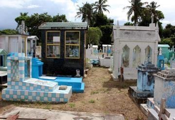 Panteones de Tabasco no deberán abrir en Día de Muertos
