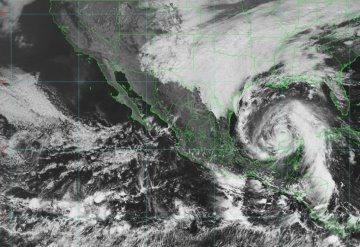 La tormenta tropical Zeta mantendrá lluvias intensas