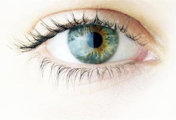 Detectan anomalías en ojos en pacientes con casos graves de Covid-19